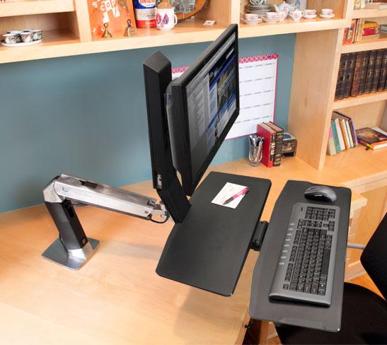 WorkFit-A 单 LD 显示器型带工作台面 24-317-026